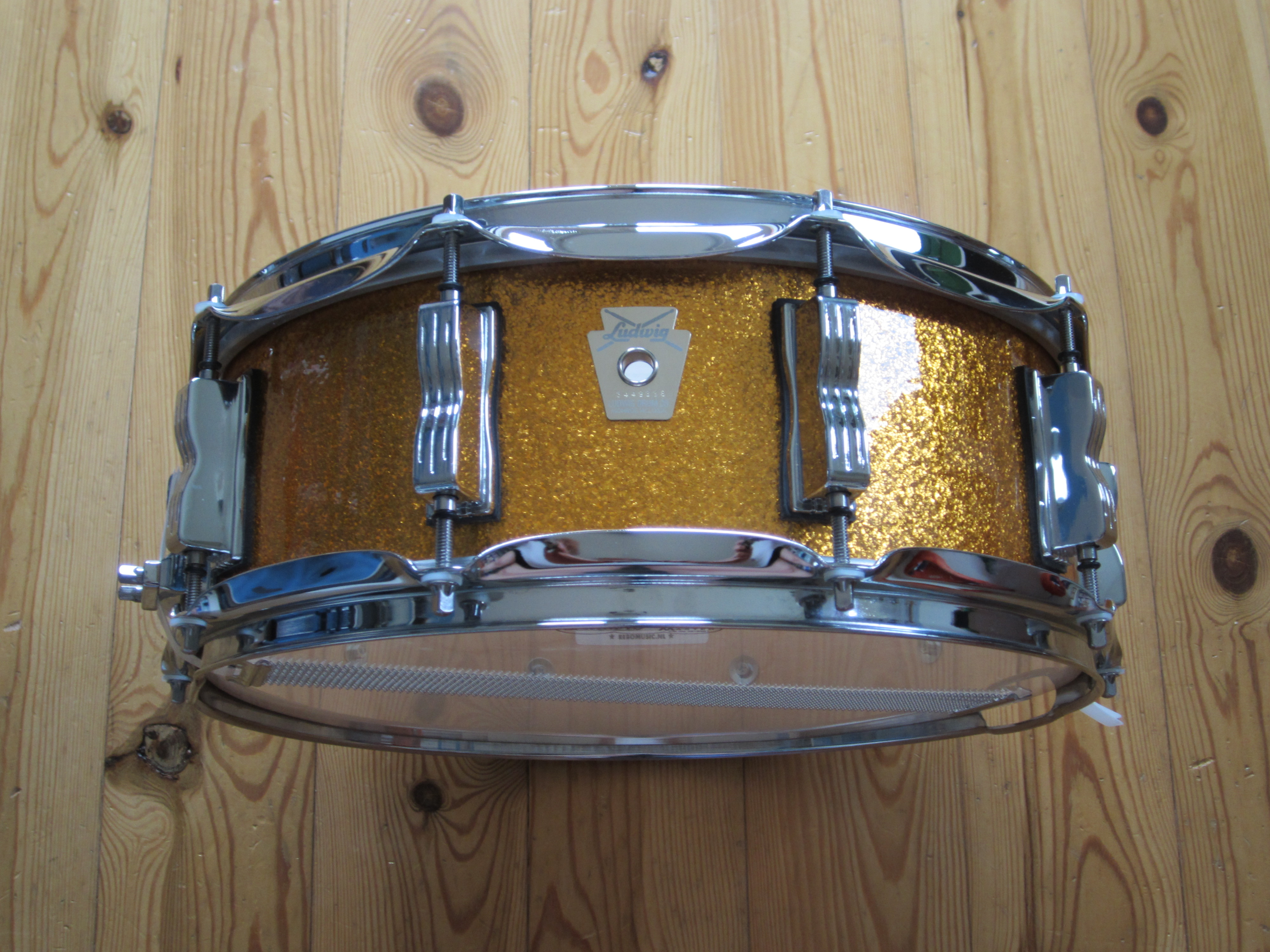 Ludwig LS401 Classic Maple 14x5 Gold Sparkle