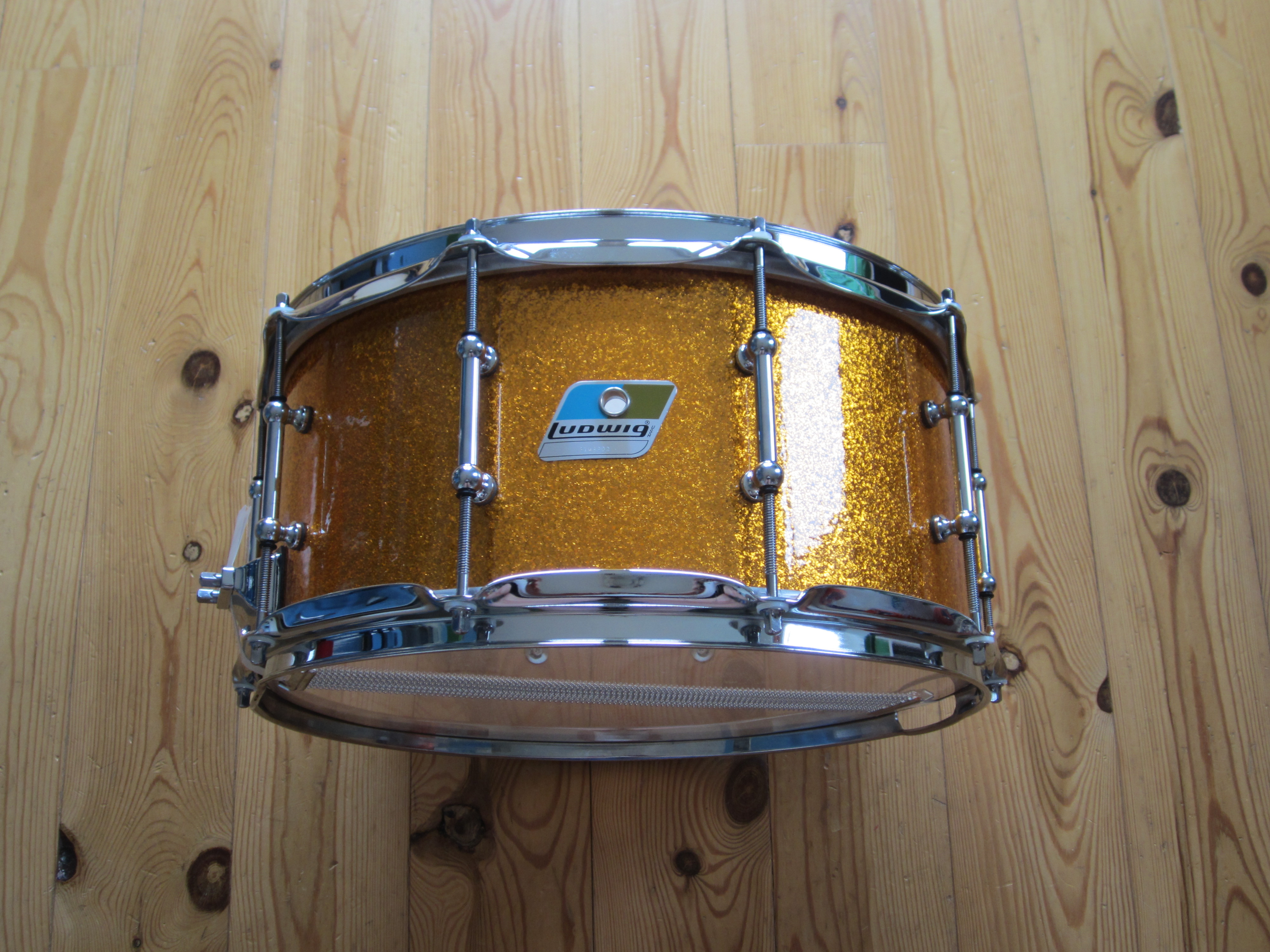 Ludwig LS403T Classic Maple 14x6,5 Gold Sparkle