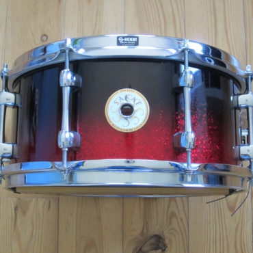 Sakae SD1360BV Bubinga 13x6 black to red sparkle fade
